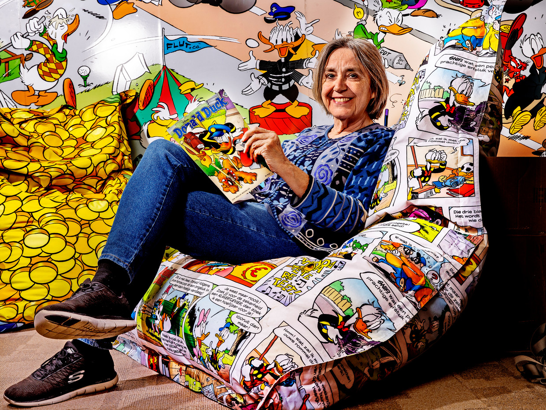 Joan Lommen: 'Waar mag je op je werk de hele dag strips lezen?'