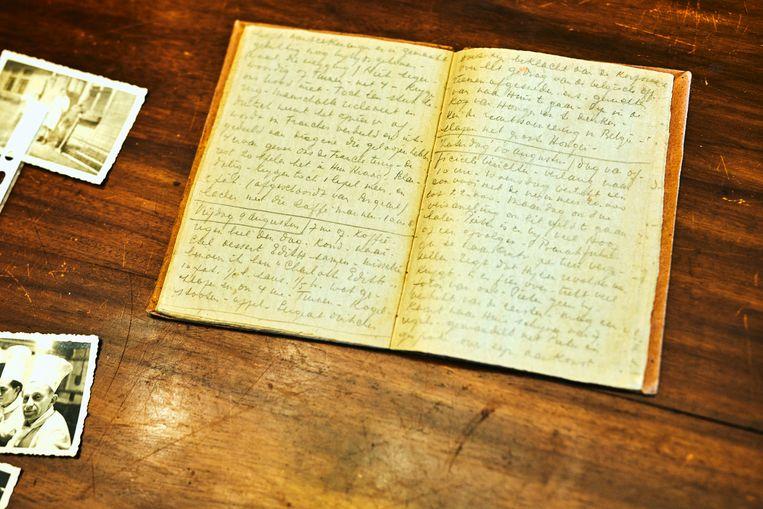 Het dagboek van Willy Van Paemel waarin hij onder meer schreef over de verveling, de honger en het geweld dat de gevangenen ondergingen.  Beeld Thomas Nolf