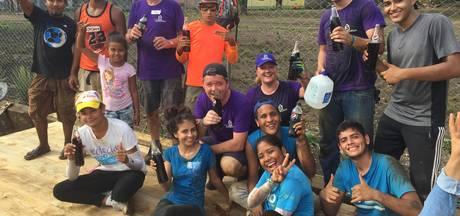 Veghelaren bouwen huisjes in sloppenwijken van Nicaragua