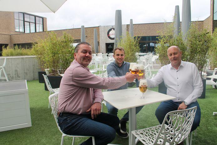 Frederic Boulez, Michiel Clyncke en Christophe De Clercq van brouwerij Vanhonsebrouck tellen af naar de heropening van de horeca.