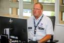 Er is altijd een hoofdinspecteur aanwezig in het coördinatiecentrum om mee te teams aan te sturen.