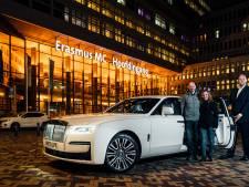 Lezers op de achterbank van de nieuwste Rolls-Royce: 'Moet ik er nu echt uit?'