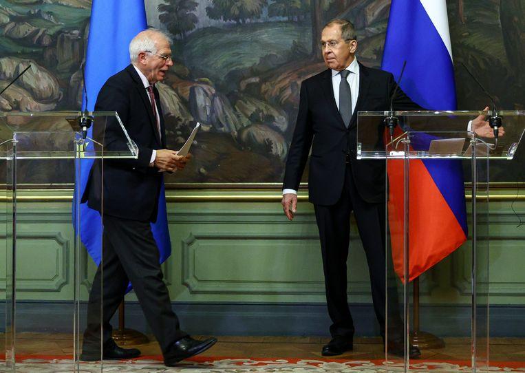 De bekritiseerde gezamenlijke persconferentie van Borrell (l) en Sergey Lavrov, de Russische minister van Buitenlandse Zaken, op 5 februari in Moskou. Beeld AP