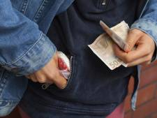 Tilburg pakt drugsdealers aan met boete