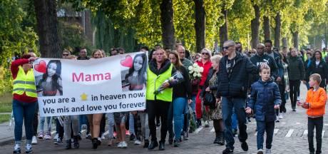 250 mensen lopen mee in stille tocht voor omgebrachte Naomi: 'Dit raakt Arnhem in de ziel'