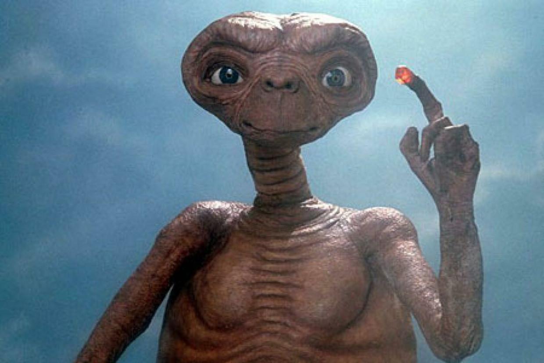 E.T. is gebaseerd op een denkbeeldig vriendje. Spielberg bedacht het als kind toen zijn ouders scheidden. Beeld rv
