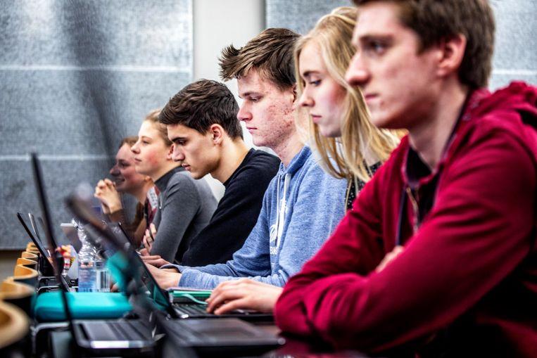 Eerstejaarsstudenten tijdens een hoorcollege (voor de coronacrisis). Beeld  Raymond Rutting / de Volkskrant