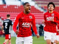 Boadu met hattrick opnieuw de uitblinker bij zege AZ op Feyenoord