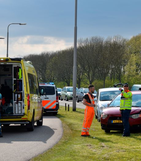 Twee gewonden bij botsing in Nieuwerkerk