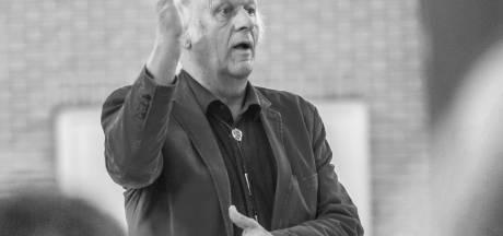 Middelbare school treurt en koren rouwen: muziekman Wolfried Kaper (73) overleden