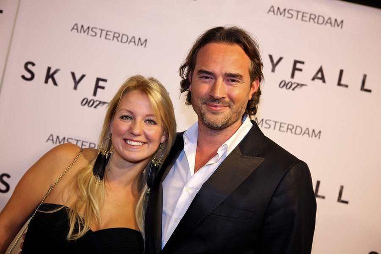 Diskjockey Jeroen Nieuwenhuize en zijn vrouw Kayla. Beeld anp