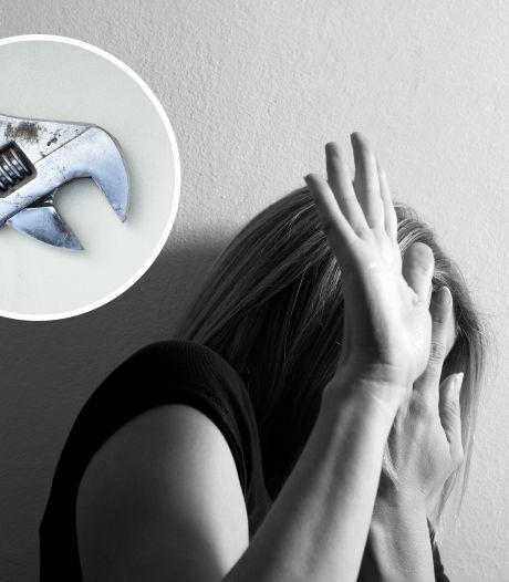 Vrouw komt ex van haar man tegen en dat gaat helemaal fout: 'Wat was de bedoeling van die moersleutel?'