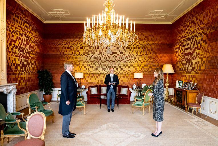 Dilan Yeşilgöz-Zegerius bij haar beëdiging voor koning Willem-Alexander als staatssecretaris van Klimaat in Paleis Huis ten Bosch. Beeld Brunopress