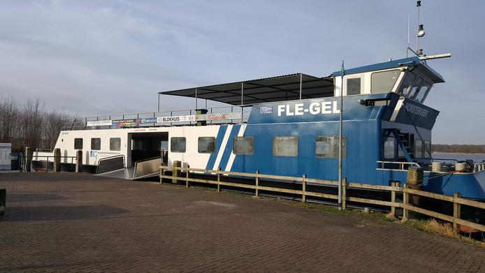 Veerpont de Fle-Gel ligt drie weken uit de vaart voor groot onderhoud.