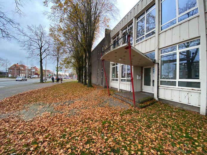 In de gymzaal bij de leegstaande Jan Ligthartschool is sinds november een tijdelijke daklozenopvang.
