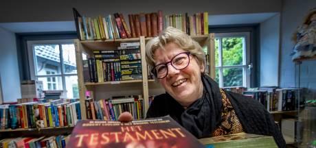 Gerda van de nieuwe Kringloopwinkel Ommeren: 'Fijn dat we de kringloop hebben nu de rommelmarkt niet door kon gaan'
