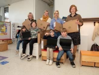 De Zonnebloem krijgt laptops van Zonta Roeselare