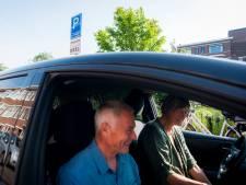 Deelauto steeds populairder in Den Haag: 'Het scheelt echt bezette parkeerplekken in de wijk'