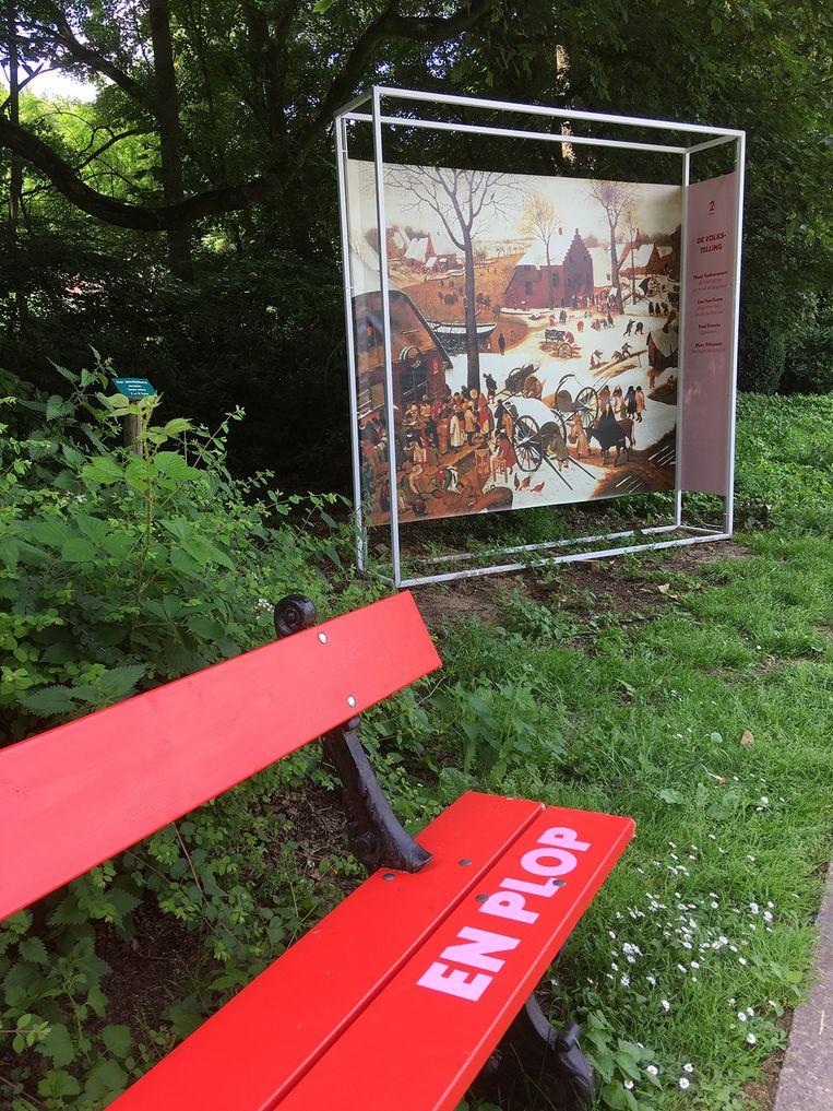 Op domein Groenenberg in Sint-Pieters-Leeuw konden er vorig jaar al schilderijen van Pieter Bruegel bewonderd worden naast poëzie van wel veertig dichters. Ninove recupereert een groot deel van dit poëzieparcours.