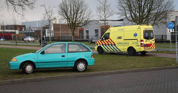 Auto en fietsster betrokken bij ongeval op Gasstraat in Oss.