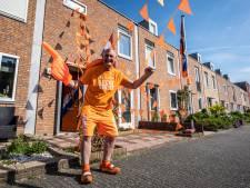Zoeken naar Oranjesfeer in Zoetermeer: 'Het wordt hier nooit zo gezellig als in Den Haag'