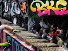 Kunstenaars uit de hele wereld voorzien dit weekend de Berenkuil in Eindhoven van graffiti en street art