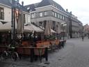 Café Opium is omgeven door horecabedrijven. Hart van Brabant is er een van.