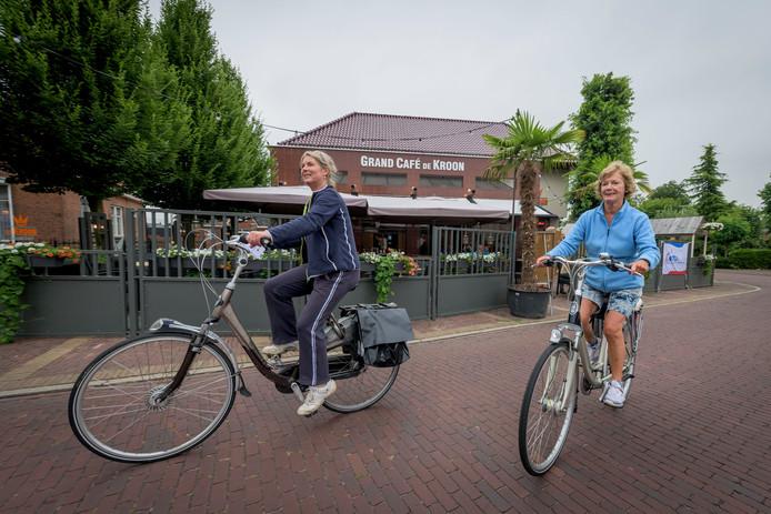 Vorig jaar was de start van de Markelose fietsvierdaagse bij De Kroon, dit jaar bij 't Wapen van Markelo.
