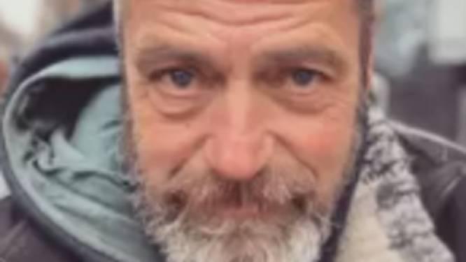 """Dakloze slaapt hele week in hotel dankzij spontane actie: """"Met die 20.000 euro kunnen we nog veel meer Pauls helpen"""""""