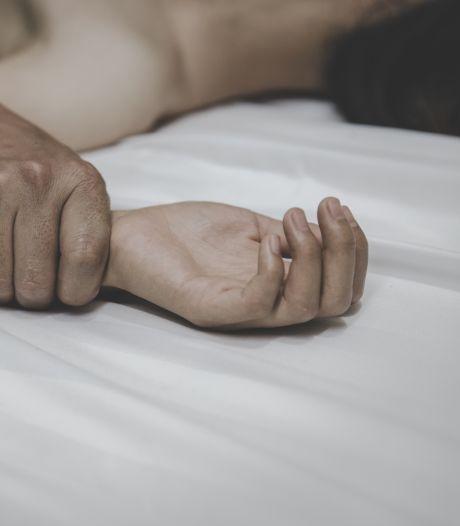 Vrienden hadden seks met meisjes van 13 en 15: 'We kunnen onze dochter niet meer aanraken'