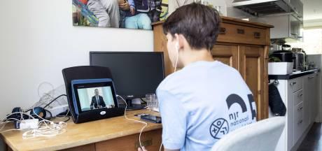 Minder verzuim in digitaal schooljaar in Borne