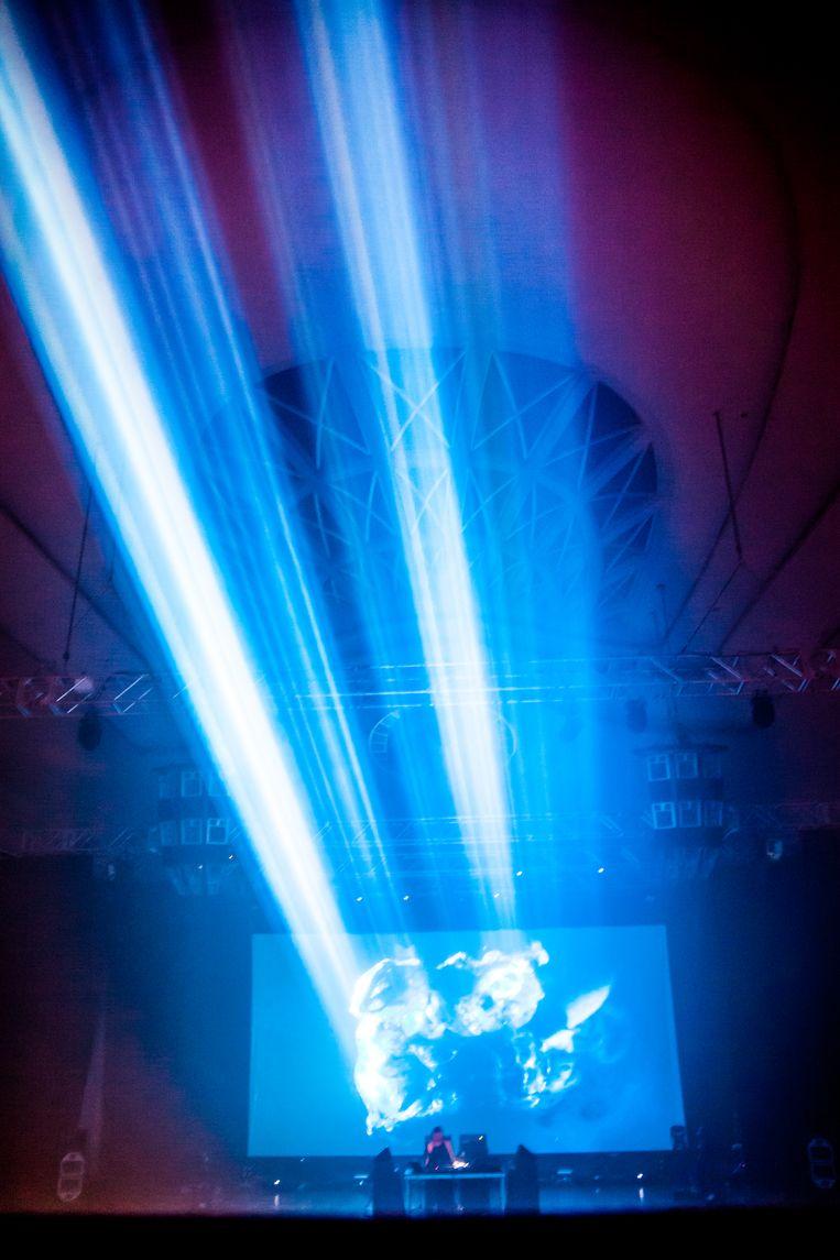 Ben Frost op Bozar Electronic Arts Festival. Beeld Lilith Geeraerts
