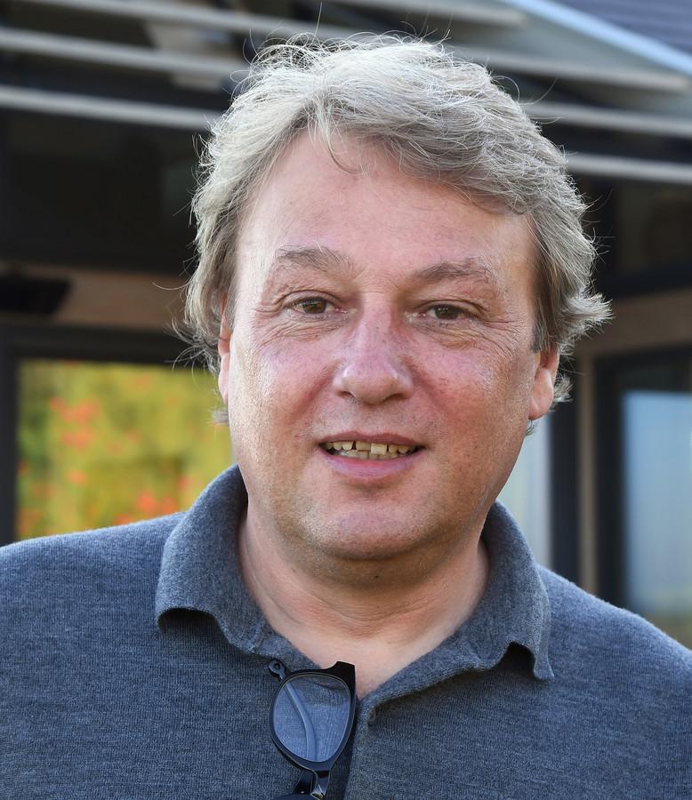 """Jan Paul Bron, architect-eigenaar van het bureau Zeelenberg Architectuur in Ouddorp: ,,Robuust, zo weinig mogelijk tierelantijnen."""""""