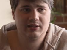 Jonge moeder wil weg uit flat waar Nelson woont, pedofiel 'wil best verhuizen als gemeente meehelpt'