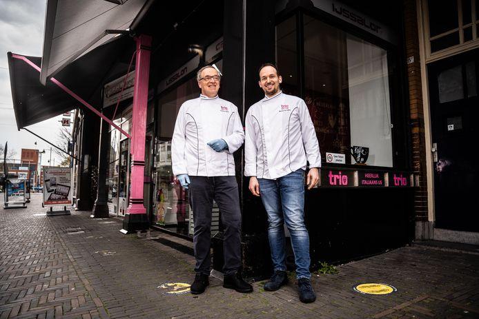 Vvader en zoon De Lorenzo, ijsmakers van trio ijssalon. Arnhem