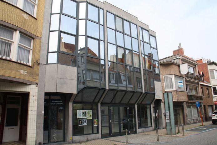 Cultuurhuis De Scharbiellie in de Kasteelstraat in De Panne.