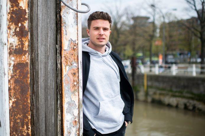 Deejay en producer Jeff 'Jay Bombay' Monballiu (26) uit Hemiksem verblijft momenteel in de Koekenstad.