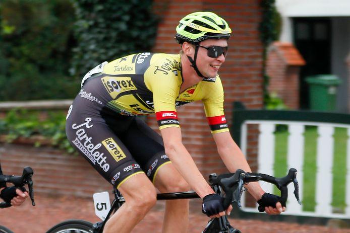 Julien Van Den Brande hoopt in mei weer voluit te kunnen koersen.