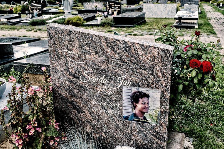 Op 7 december 2018 overleed de 20-jarige Edegemse KU Leuven-student Sanda Dia na een extreem zwaar doopritueel van de club Reuzegom.  Beeld Tim Dirven