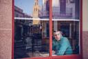 Stef Biemans in café El Pintor in Utrera, Spanje. VPRO - Brieven aan Andalusië