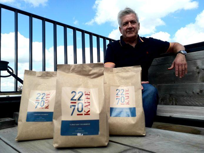 Gilbert Van Looy met zijn eigen Herenthoutse koffie '2270 Kaffe'