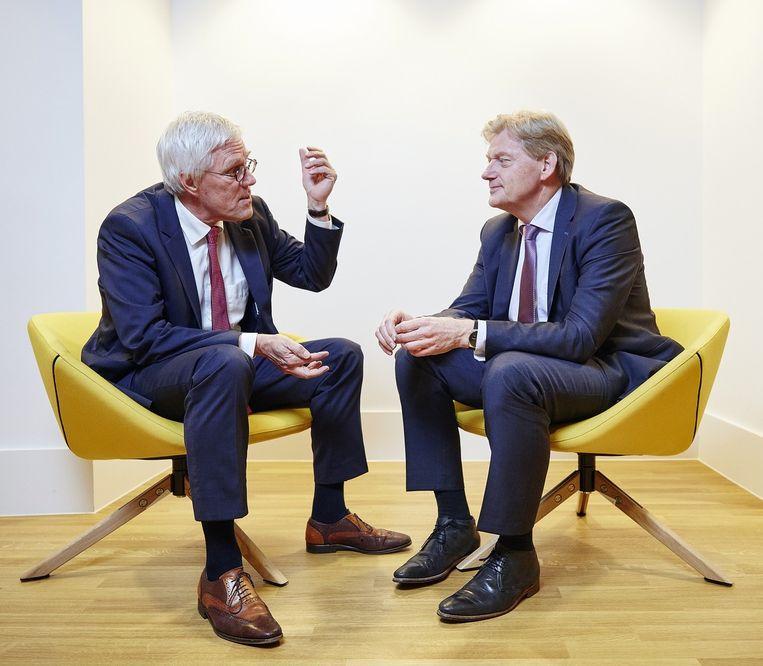 Unicef-directeur Wijbrandi (links) en staatssecretaris Van Rijn Beeld Phil Nijhuis