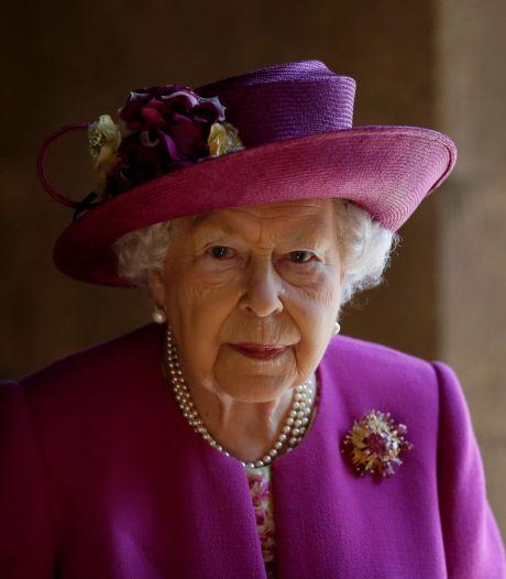 Queen Elizabeth viert 95e verjaardag, eerste zonder man Philip