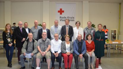 Rode Kruis huldigt veertig verdienstelijke bloedgevers