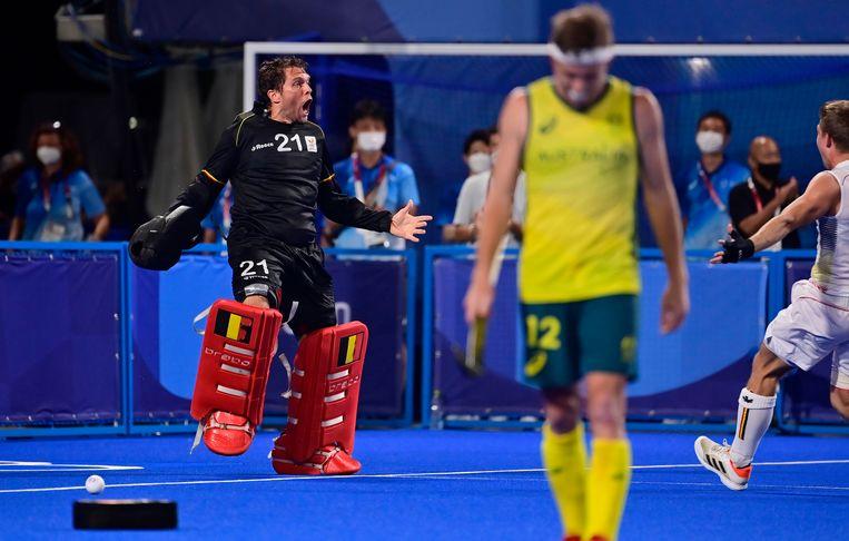 De Belgische doelman Vincent 'The Wall' Vanasch kroonde zich tot de held van de shoot-outs. Beeld Photo News