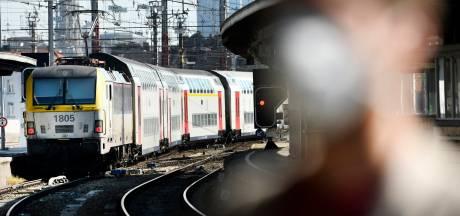 Un cheminot mortellement percuté par un train à Ruisbroek: reprise du trafic