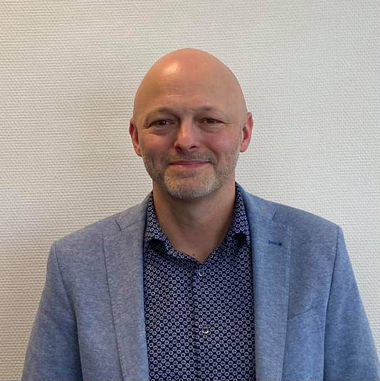 Kees van Kampen.