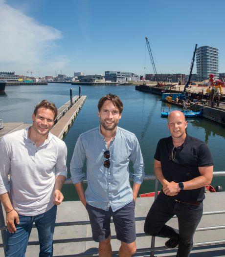 Drie vrienden met een klassiek zeilschip: 'Hotelschip is er nog niet in Scheveningen'