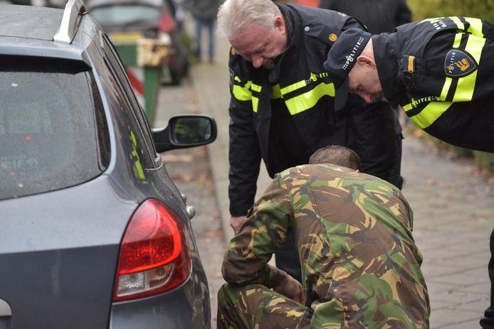 De EOD doet onderzoek aan de Vinkenbroek in Etten-Leur.