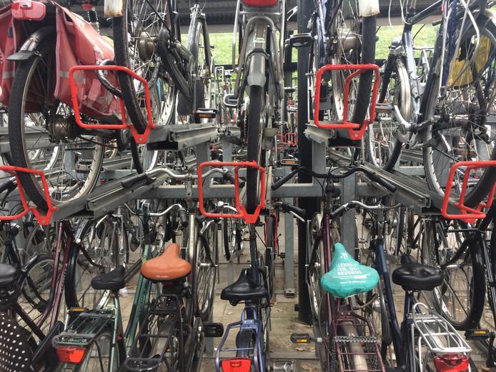 De fietsenstalling bij het NS-station in Zaltbommel